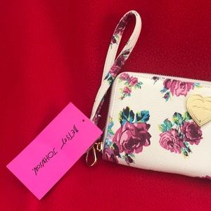 Betsey Johnson Bags - Betsey Johnson wallet
